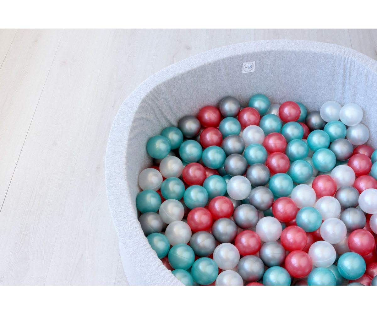 Piscina bolas para beb gris claro rojo turquesa gris y blanco metalizados tutete - Piscina de bolas para bebes ...