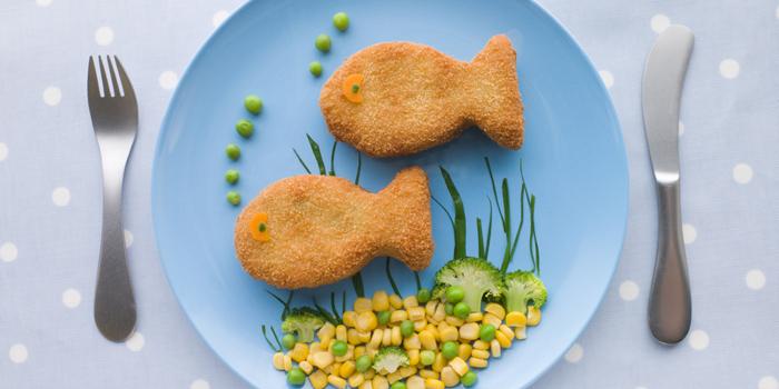 C mo introducir el pescado en la dieta de los ni os for Cocinar pescado para ninos