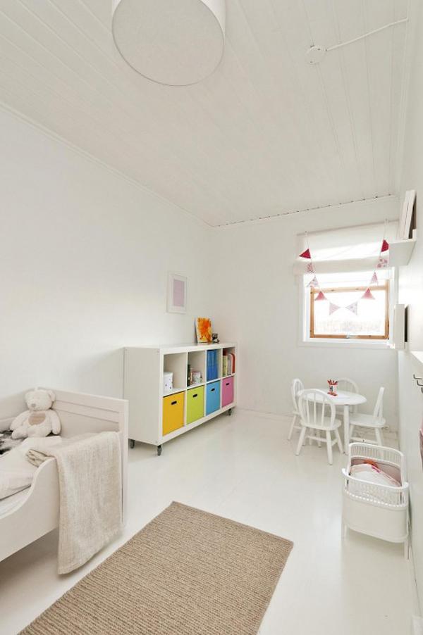 habitaciones infantiles blancas repletas de luz chupetes