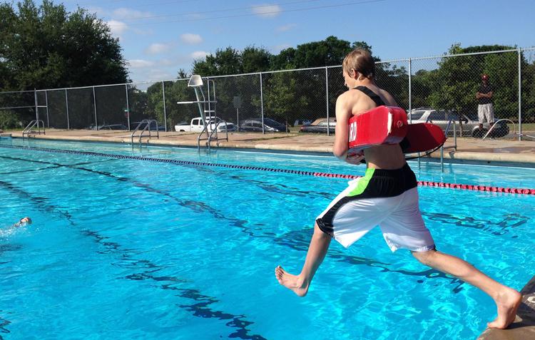accidentes más comunes en la piscina