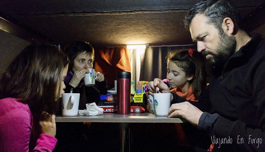 viajar en furgo con niños